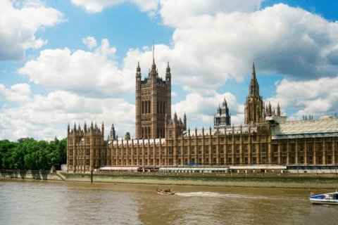 UK GOVERNMENT CONFIRMS CASINO REOPENING